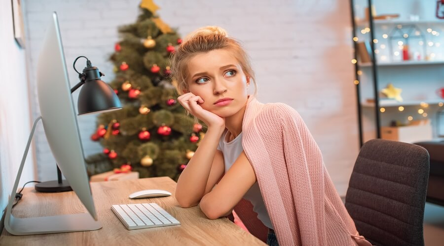 μια-ψυχολογική-διερεύνηση-απάντηση-στην-cliché-ερώτηση-«πώς-μπορείς-να-είσαι-θλιμμένος-αυτές-τις-γιορτινές-μέρες-»