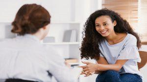 υπαρξιακή-ψυχοθεραπεία-ο-ρόλος-του-ψυχοθεραπευτή,-οι-στόχοι-της-ψυχοθεραπείας,-και-τα-κριτήρια-επιλογής-αυτής-της-προσέγγισης