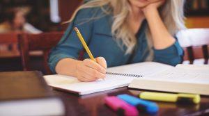 το-άγχος-στις-εξετάσεις-τα-προβλήματα-που-δημιουργεί-και-η-αντιμετώπισή-τους