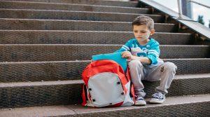 σχολική-άρνηση-συμπτώματα-ψυχολογική-αντιμετώπιση