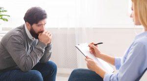pos-therapeuetai-ti-psixiko-trauma-kata-tin-psixotherapeia