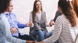 praktikes-leptomereies-tis-omadikis-psixotherapeias