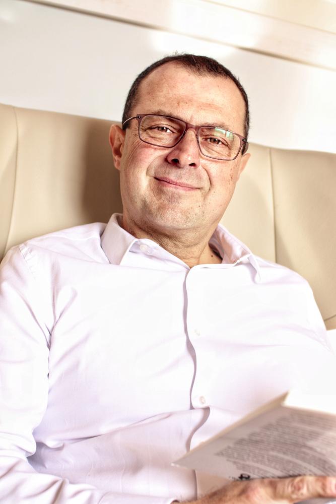 Dr. Γρηγόρης Βασιλειάδης Ψυχολόγος Ψυχοθεραπευτής Υπαρξιακή Ψυχοθεραπεία